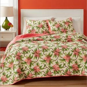 NEW Martha Stewart Tropical Grove Quilt KING